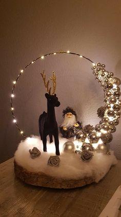 Diy Centerpieces, Christmas Centerpieces, Christmas Decorations, Simple Christmas, Christmas Time, Fall Swags, Embroidery Hoop Crafts, Winter Wonderland Christmas, Diy Snowman