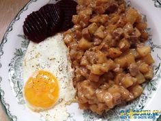 Pyttipanna, jídlo ze zbytků... - Sverige.cz Risotto, Ethnic Recipes, Food, Essen, Meals, Yemek, Eten