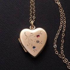 074de9976dbe Victorian HEART Locket Antique LOCKET Necklace Flower Engravings Gold Filled  24