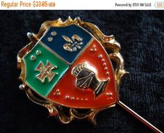 Cyber Monday Sale 1960's Vintage Shield Hat by MartiniMermaid
