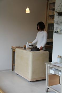 Cafe Cheka in Higashiyama, Kyoto leather covered side table? Cafe Shop, Cafe Bar, Cafe Restaurant, Restaurant Design, Kyoto, Cafe Design, Store Design, Cafe Interior, Interior And Exterior
