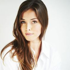 The Listener's Natalie Krill Interview On Season Five, Her On-Set Romance And Her Love Of Dance Pretty People, Beautiful People, Beautiful Women, Natalie Krill, Below Her Mouth, Interview Style, Fair Skin, Woman Crush, Beautiful Actresses