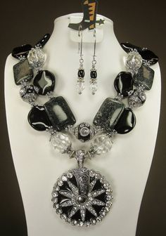 Custom Designed Cowgirl Necklace with Matching Earrings ~~~~~ love this