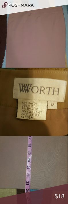 WORTH TAN SIDE SLIT PENCIL SKIRT SZ 12 LINED. GREAT CONDITION. PLEASE FEEL FREE TO MAKE AN OFFER!! W by Worth  Skirts Pencil