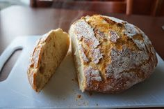 Pieni ihana: Maailman kaunein ja helpoin leipä Daily Bread, Lunches And Dinners, Bread Recipes, Food And Drink, Rolls, Baking, Food Ideas, Bread Rolls, Bakken