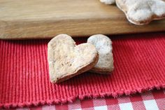 Beef heart, nutritional yeast, parsley treats for dogs