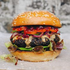 THE REALLY HUNGRY BURGER | Meat Free Week