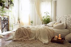 bohemian bed 10 Ways to Give Your Bedroom a Bohemian Twist