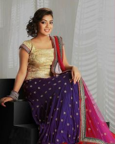 South Indian actress Nazriya Nazim best picture and wallpaper gallery. Best hd image gallery of actress Nazriya Nazim. Indian Gowns Dresses, Indian Outfits, Indian Clothes, South Indian Actress Photo, Frock Models, Nazriya Nazim, Bollywood Actress Hot Photos, Tamil Actress, Party Sarees