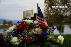 Blog and Social Media Resources for Veterans Day - The Social Media Hat George Patton, Federal Holiday, Armistice Day, Afghanistan War, Remembrance Day, Teaching History, Perfect Image, Veterans Day, 4th Of July Wreath