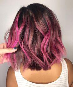 New Hair Color Unique Locks Ideas Cabelo Ombre Hair, Pink Ombre Hair, Hot Pink Hair, Dyed Hair Pastel, Brown Ombre Hair, Hair Color Purple, Cool Hair Color, Pink Short Hair, Short Colorful Hair