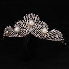 Aliexpress.com : Buy Wedding Bridal Bridesmaid Flower Girls 18K gold plated crystal tiara crown / headband from Reliable headband naruto suppliers on Yashow Jewelry Co.,Ltd( Yuki Store )  | Alibaba Group
