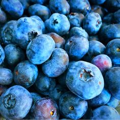 Deep blu fruits