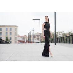 Fall Winter 2016-17 Collection - Slit Dress. Abito scollato con spacco. #ponytail  #ponytailcollection16  #fallwinterfashion #madeinitaly