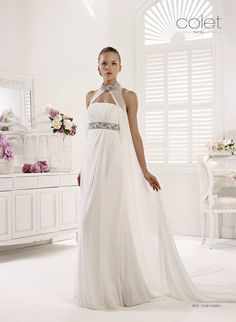 This stunning dress from the Nicole Collection Beautiful soft chiffon Size 8 Sale Price: R8 500