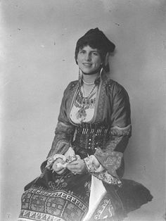 Princess Helen of Greece and Denmark (Greek: Ελένη; 2 May 1896 –