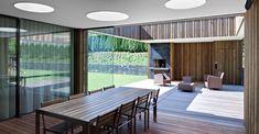 EFH im Kanton Aargau - KOST Kanton, Conference Room, Table, Furniture, Home Decor, Ground Floor, Detached House, Garden Tool Storage, Architecture
