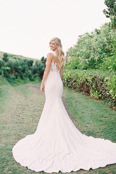 Robe De Mariage : Pronovias wedding dress  | Photography: Carmen Santorelli...