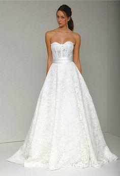 Most beautiful dress ever- Monique Lhuillier Augustine (Spring 2011)