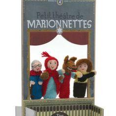 Scopri le marionette in lana anallergica del brand spagnolo Londji: giocare a fare teatro è qualcosa di meraviglioso, che apre il bambino al mondo della fantasia e della lettura; le marionette per bambini rappresentano personaggi fiabeschi conosciuti e il teatrino crea la cornice della storia. Con il teatro si può giocare alle emozioni e scacciare le paure che iniziano a comparire... Un momento ludico educativo per coinvolgere tutta la famiglia.