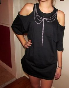 Peep Shoulder Shirt With Chain Detail | Community Post: 27 Awesomely Cheap Ways To Transform A T-Shirt