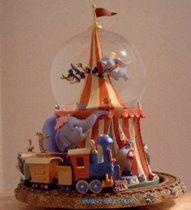 Disney Dumbo circus tent snowglobe & Disney Dumbou0027s bath snowglobe | Snow globes. | Pinterest | Disney ...