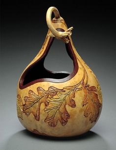 Gourd Art Carving and Design by Marilyn Sunderland Decorative Gourds, Hand Painted Gourds, Gourds Birdhouse, Creation Deco, Art Carved, Gourd Art, Nature Crafts, Dremel, Pyrography
