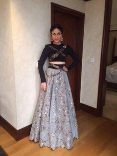 Kareena kapoor khan in bridal crop top lehenga