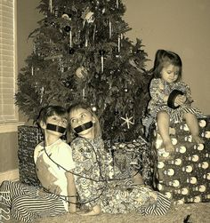 Fun	Christmas Pictures with kids :)