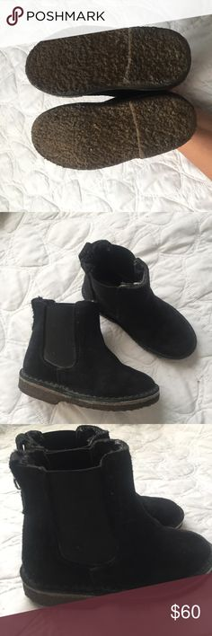 NWOT Crewcuts black shearling lined Chelsea boot Brand new never worn kids Chelsea boots. My nephew refused to wear them last winter! I posted a photo of him the previous year in a brown pair. They are beautifully made. Extremely warm. Nice alternative to uggs. A unisex style. Make an offer, trying to get rid of everything! Crewcuts Shoes Boots
