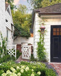 Backyard Gates, Garden Gates, Outdoor Spaces, Outdoor Living, Outdoor Decor, Landscape Design, Garden Design, Dream House Exterior, Garden Structures