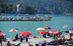 Lake Wörthersee: Klagenfurt beach resort. Photo: Helge Bauer Klagenfurt, Beach, Dolores Park, Patio, Places, Outdoor Decor, Summer, Travel, Life