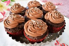Mars Bar Cupcakes This Mars Bar Cupcakes recipe is really easy to make! Perfect for birthday p Mars Chocolate, Best Chocolate Cake, Delicious Chocolate, Mars Bar, Easy Cupcake Recipes, Fudge Recipes, Bar Recipes, Yummy Recipes, Donuts