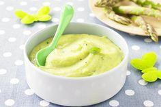 Purée d'asperges vertes au basilic. Plus de recettes pour bébé sur www.enviedebienmanger.fr/idees-recettes/recettes-pour-bebe