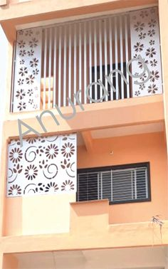 Balcony Grill Design, Grill Door Design, Balcony Railing Design, Front Gate Design, House Gate Design, Outdoor Wall Panels, Jaali Design, Hall Interior Design, Cnc Cutting Design