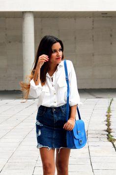 White shirt, high waist denim skirt, blue bag. LITTLE BLACK COCONUT. http://www.littleblackcoconut.com/