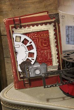 Another idea with Tim Holtz Viewmaster die- would make a great mini album Mini Scrapbook Albums, Scrapbook Cards, Altered Books, Altered Art, Camera Cards, Paper Art, Paper Crafts, Handmade Books, Journal Covers