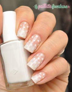 #gradient #dots #dotticure #white #nail #nails #nailart #lapaillettefrondeuse