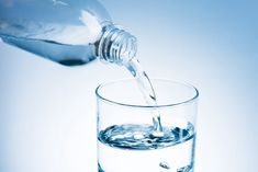 Does Water Help Flush Out Excess Uric Acid? Osteoporosis Exercises, Benefits Of Drinking Water, Not Drinking Enough Water, Speed Up Metabolism, Uric Acid, Gout, Feeling Sick, Lose Belly Fat, How To Stay Healthy
