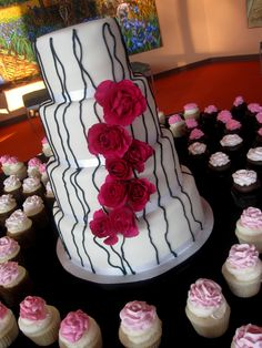 sweet 16 cakes for girls | Selection Of Sweet 16 Centerpieces For Your Sixteen Party - kootation ...