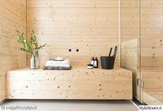Scandinavian Minimalist in Finland - Nordic Design Scandinavian Saunas, Scandinavian Cottage, Infrarot Sauna, Sauna Design, Finnish Sauna, Spa Rooms, Lounge, Diy Bench, Black Doors