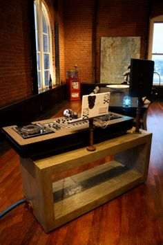 - Custom DJ Console - Designed to specifically fit your needs and style. #music #dj #djculture #djgear #console #twoturntables http://www.pinterest.com/TheHitman14/dj-culture-vinyl-fantasy/