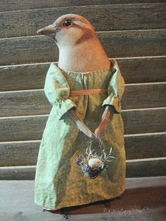 Wonderful primitive dolls and creations on this  blog by Stacey Mead