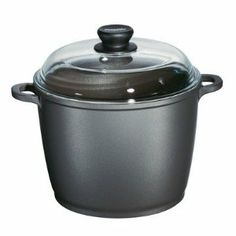 Berndes Tradition Stock Pot with Glass Lid, 7-quart, 10 inch by Berndes. $149.89. Tradition cookware is guaranteed never to warp. Tradition cookware is exceptionally easy to clean and facilitates fat-free cooking - fat-free cooking can be achieved without the addition of oil, fat or sprays. The 3-layer nonstick interior and 2-layer nonstick exterior surfaces protect foods from sticking and burning - manufactured with Dupont Autograph 2 Gourmet Non-Stick Surface - Restaurant ...