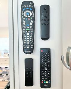 Never lose your remote again with this remote hack! Use ourVELCRO® Brand StickOn Tapeto label and mount it to the wall. #homeorganisation #organising #organisingtips #organisinghacks #declutter #organisationgoals #homehacks #getorganized #tvmounting #declutteryourlife #cablemanagement #decluttering Organisation Hacks, Organization, Declutter Your Life, Hook And Loop Tape, Mounted Tv, Home Hacks, Organising, Decluttering, Remote
