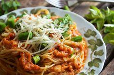 niebo na talerzu - Blog z przepisami na specjały domowej kuchni Spaghetti, Food And Drink, Baking, Ethnic Recipes, Kitchen, Blog, Cooking, Bakken, Kitchens