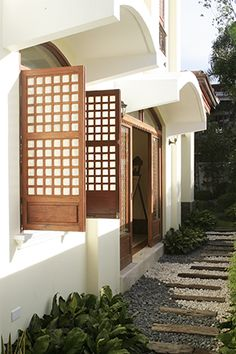 Contemporary Filipino Furnishings Update a Bahay-na-Bato Real Living Philippines Filipino Architecture, Philippine Architecture, Architecture Design, Rest House, D House, Facade House, House Facades, Modern Filipino Interior, Modern Filipino House