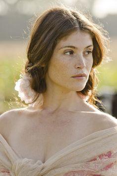 Gemma Arterton, Kyria