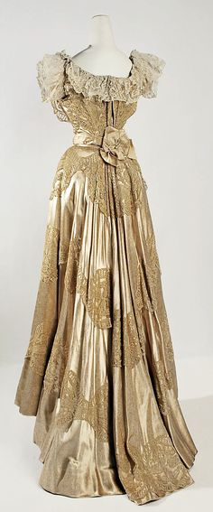 Silk and lace evening gown - back view, c. 1906-7 by Jeanne Hallée (French, 1880-1914)