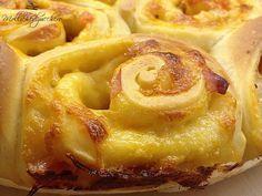 #Torta di #rose #salata - Molliche di zucchero
